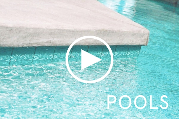 Glass tile accents for a poolside lifestyle