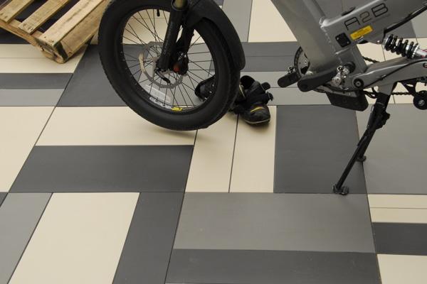 Earthenglass floor